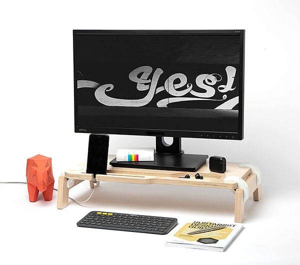 Soporte de monitor para mesa de escritorio modelo Lifty, medidas 61x33x12cm